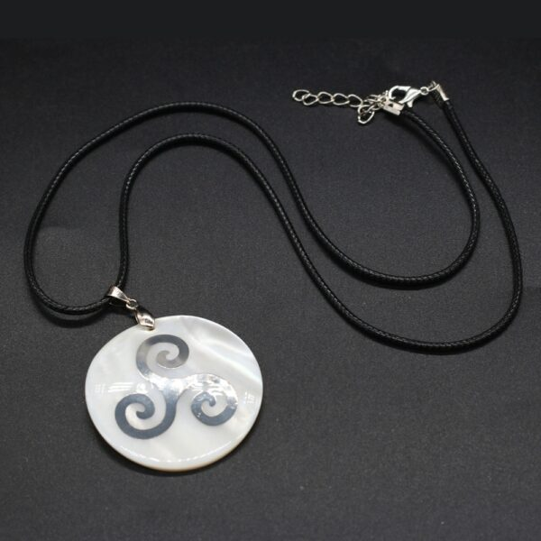 Collier Triskelion Celtique