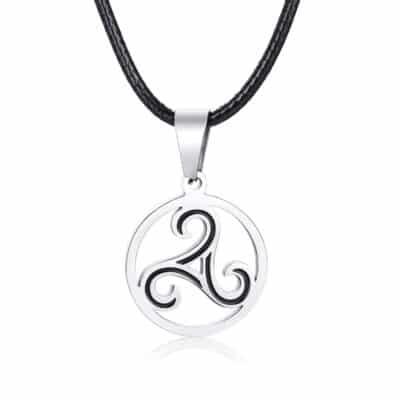 Collier Triskelion Symbole de Protection